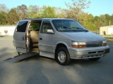 CHRYSLER TOWN & COUNTRY 1995