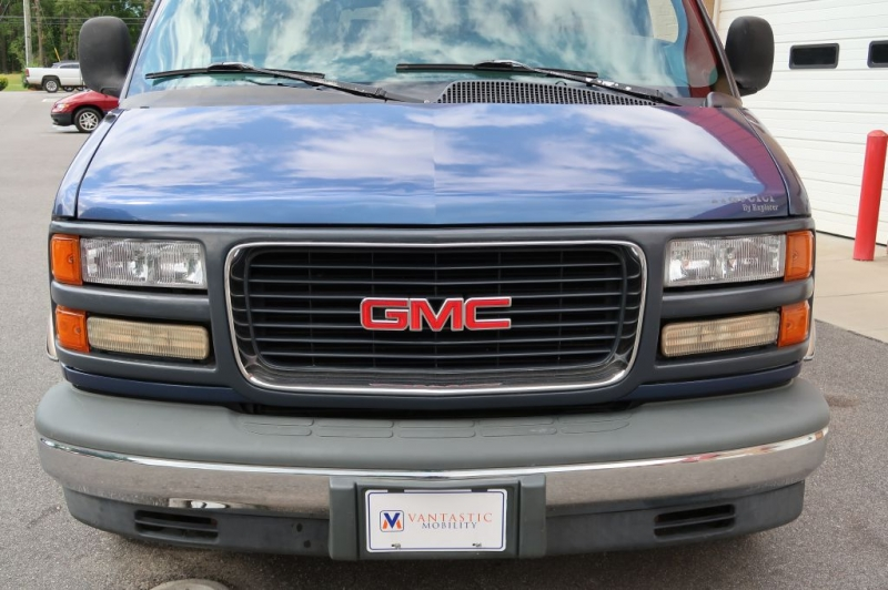 GMC SAVANA 1996 price $11,995