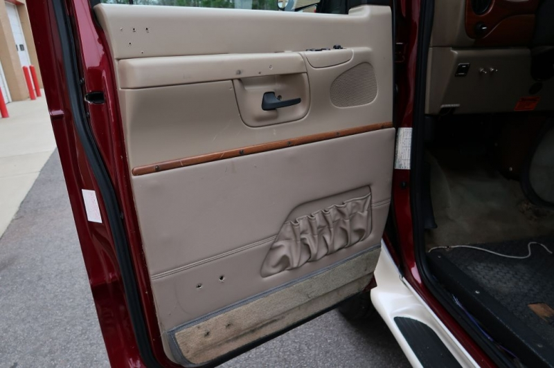 FORD ECONOLINE 2006 price Call for Pricing.