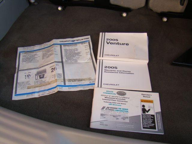 CHEVROLET VENTURE 2005 price $11,700