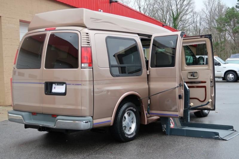 CHEVROLET EXPRESS G1500 1998 price $12,500