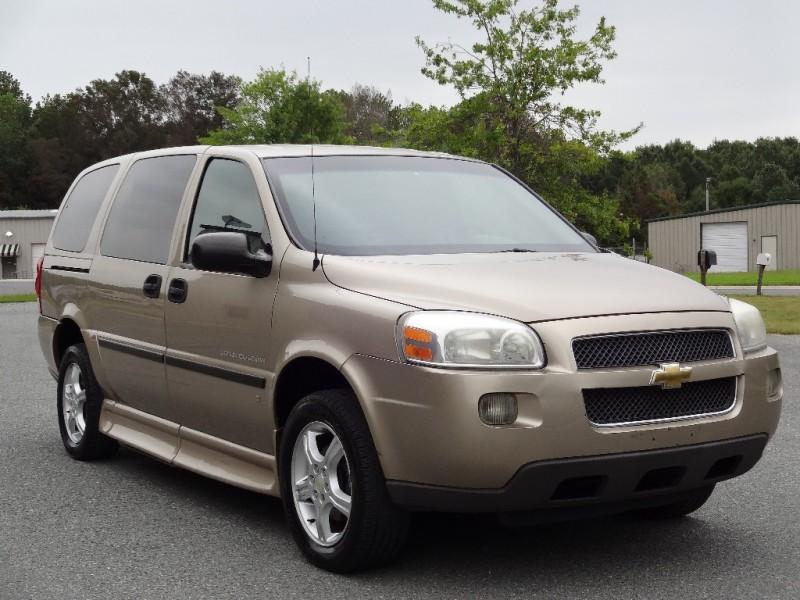 CHEVROLET UPLANDER 2006 price $8,995