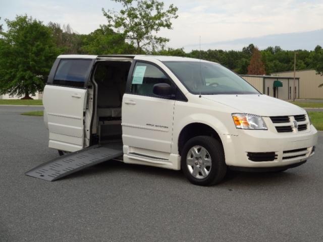 corporate fleet vehicle ada compliant braun entervan xt 14 rh vantasticmobility com