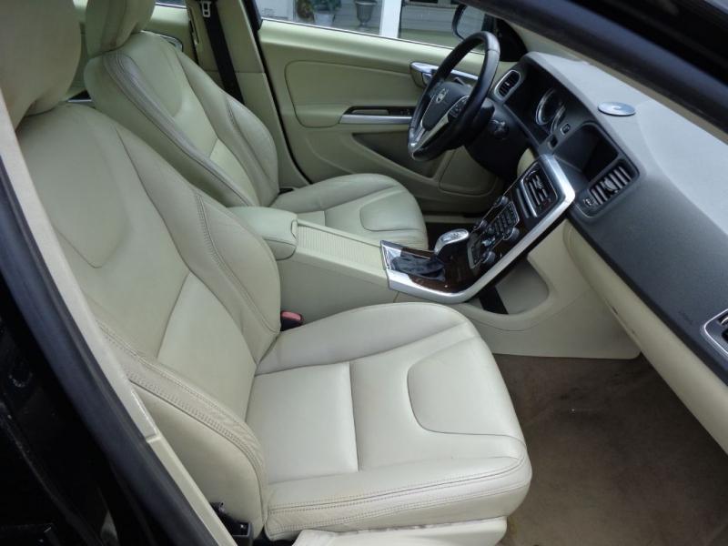 VOLVO S60 2013 price $7,400