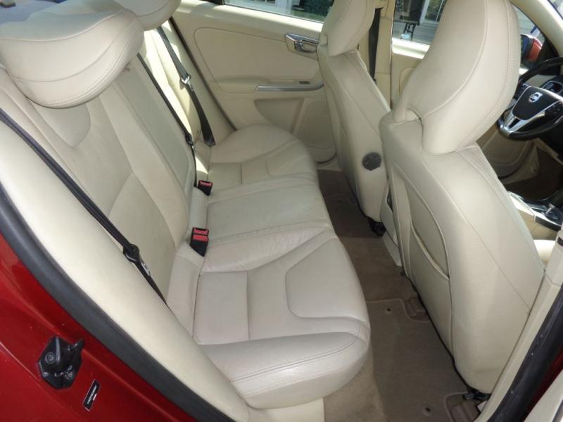 VOLVO S60 2012 price $4,600