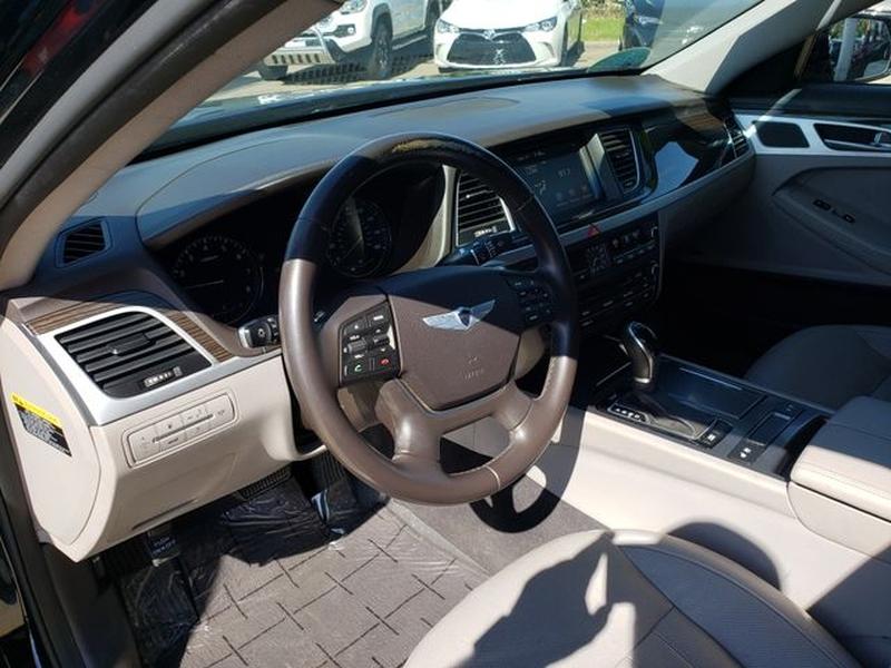 Hyundai Genesis 2015 price $23,995