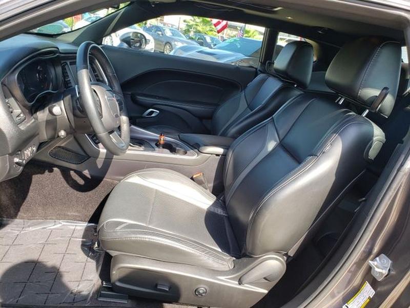Dodge Challenger 2016 price $24,995