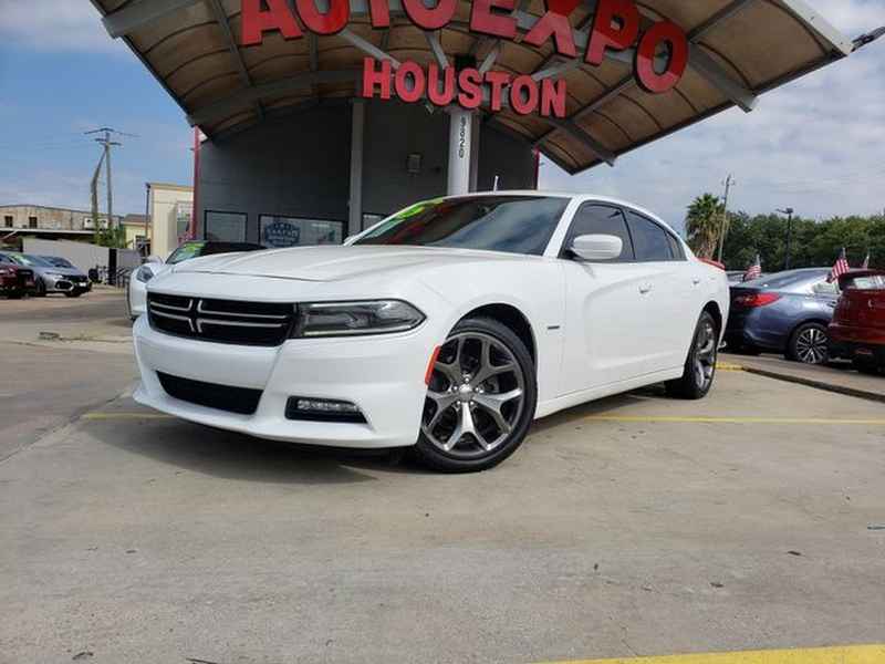 Dodge Charger 2016 price $25,995