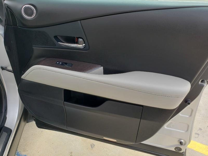 Lexus RX 2013 price $18,995