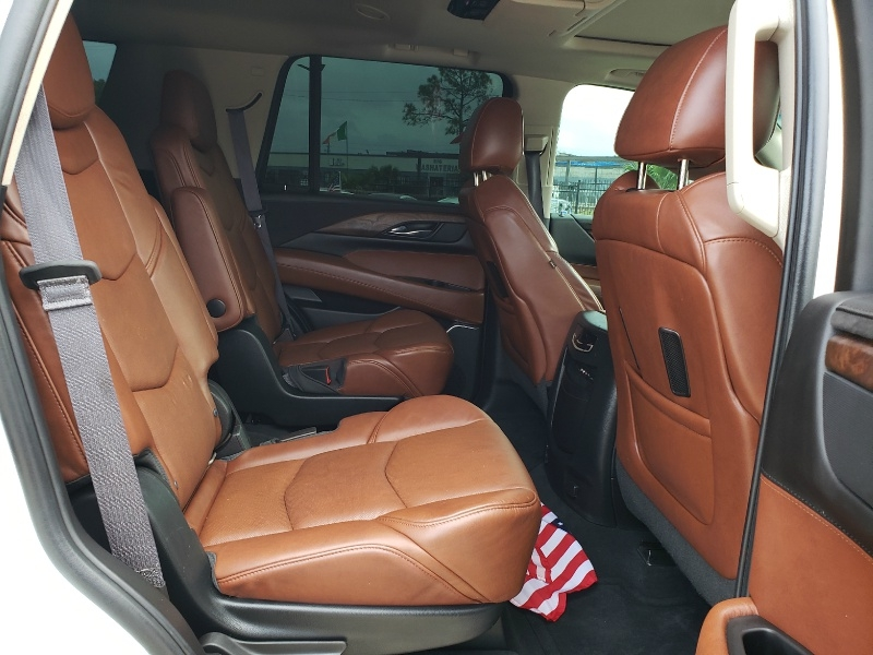 Cadillac ESCALADE 2015 price $39,995