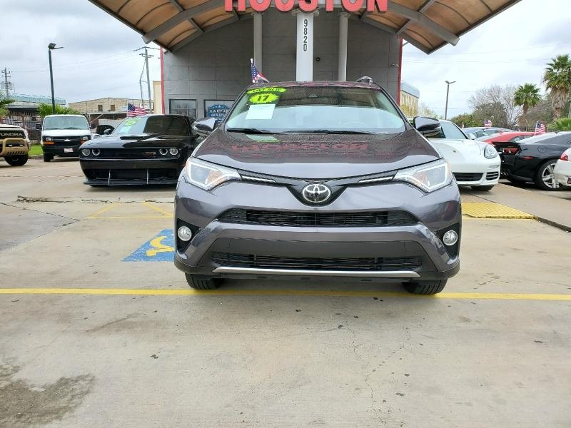 Toyota RAV4 2017 price $21,995