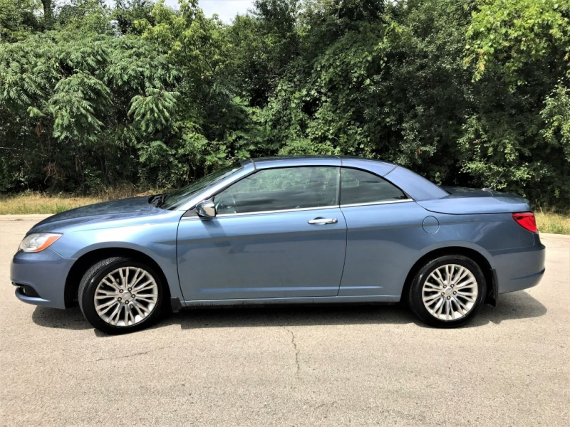 Chrysler 200 2011 price $7,555