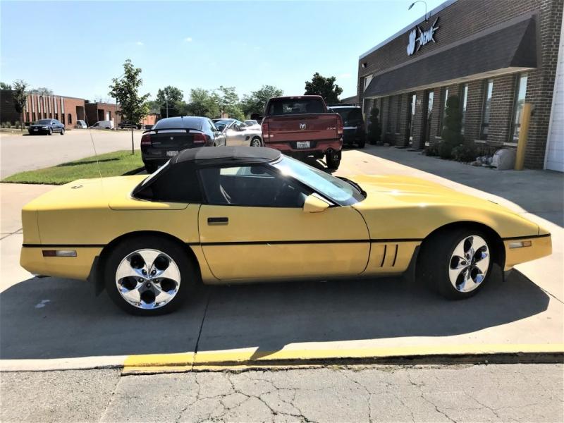 Chevrolet Corvette 1986 price $2,999