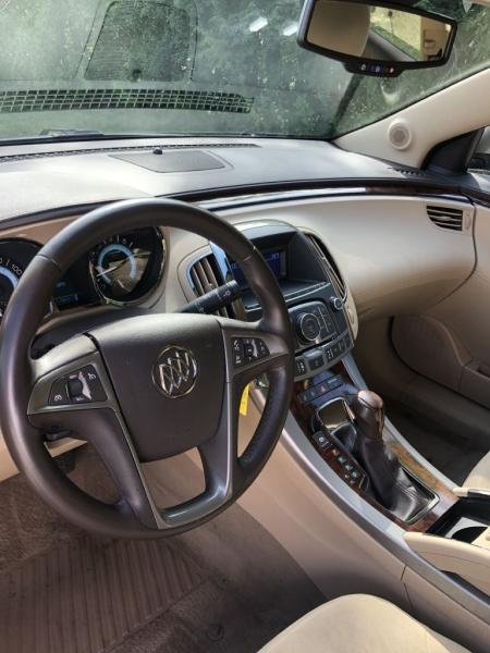 Buick LaCrosse 2011 price $9,555