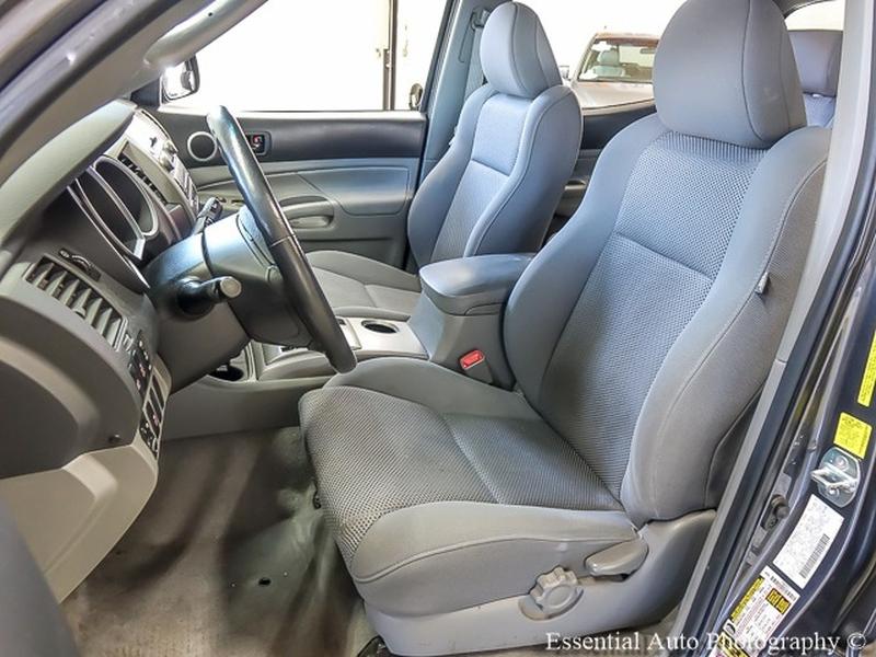 Toyota Tacoma 2011 price $14,999