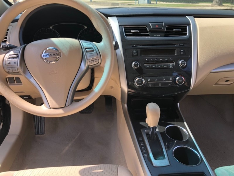 Nissan Altima 2014 price 1500 ENGANCHE