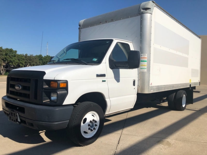 Ford Econoline Commercial Cutaway 2012 price 3000 Enganche
