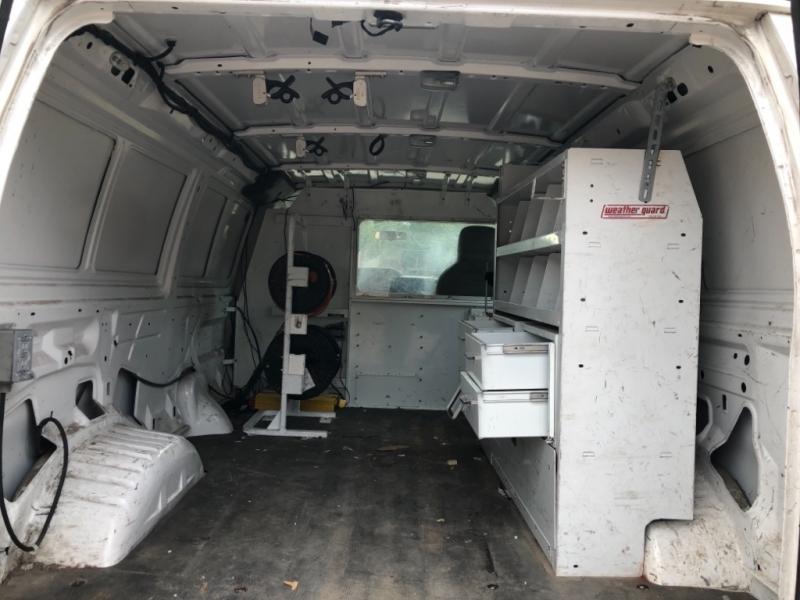 Ford Econoline Cargo Van 2008 price 2000 Enganche