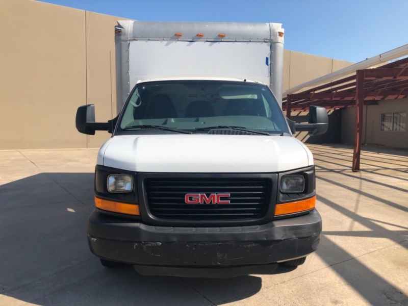 GMC Savana G3500 2012 price 3000 Enganche