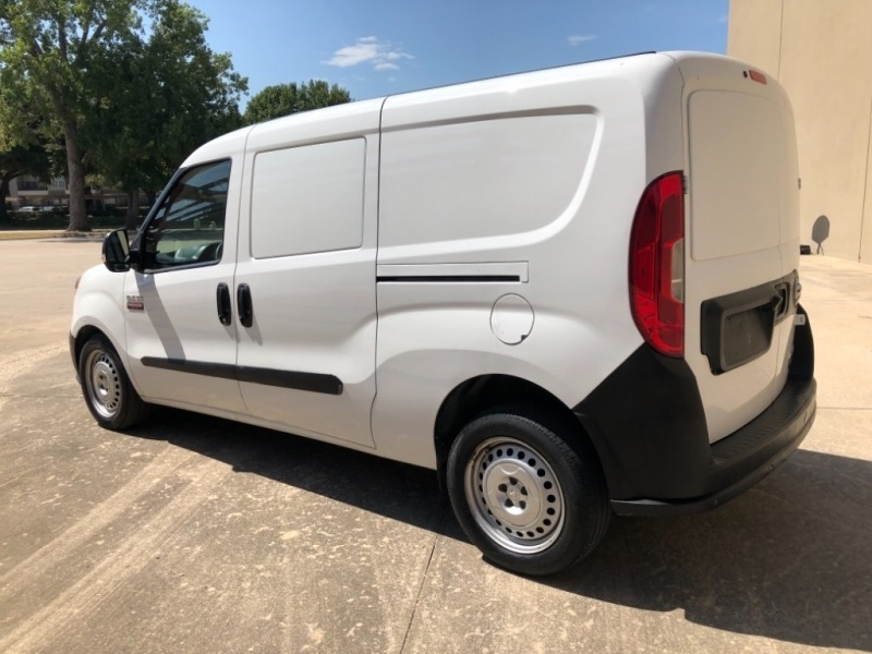 RAM ProMaster City Cargo Van 2015 price 2500 Enganche