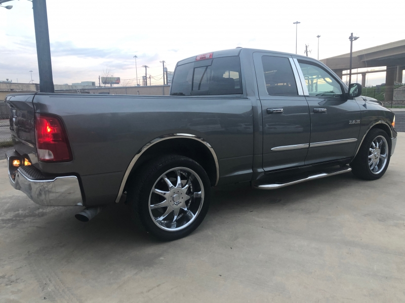 Dodge Ram 1500 2009 price 1500 Enganche