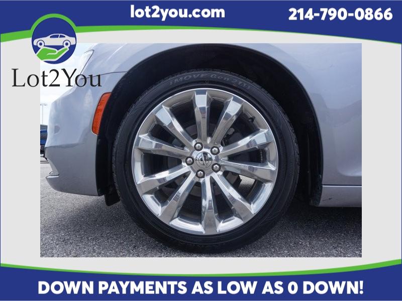 Chrysler 300 2018 price $21,603