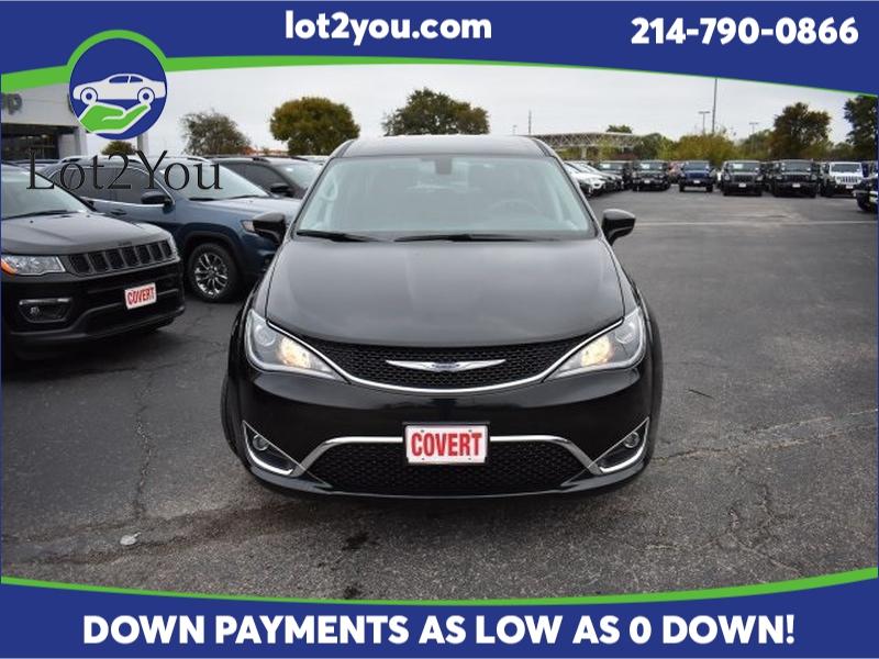 Chrysler Pacifica 2019 price $29,243
