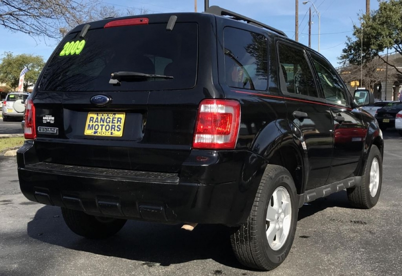 Ford ESCAPE 2009 price $7,950