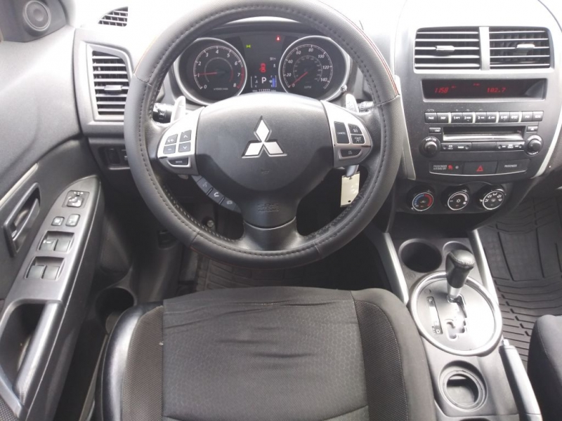 Mitsubishi OUTLANDER SPORT 2012 price $7,950