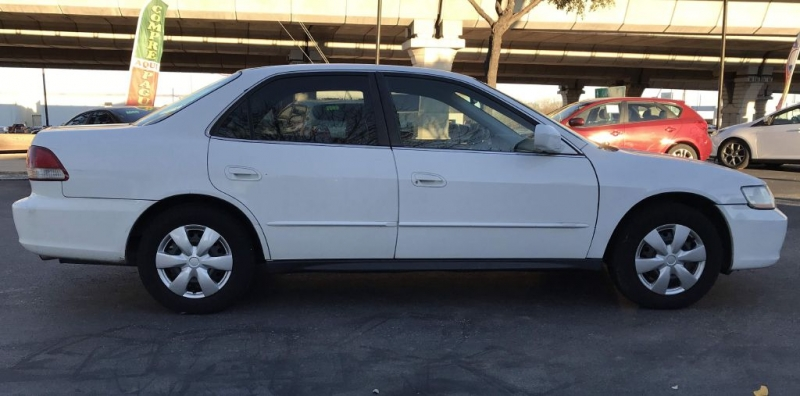Honda ACCORD 2001 price $2,450