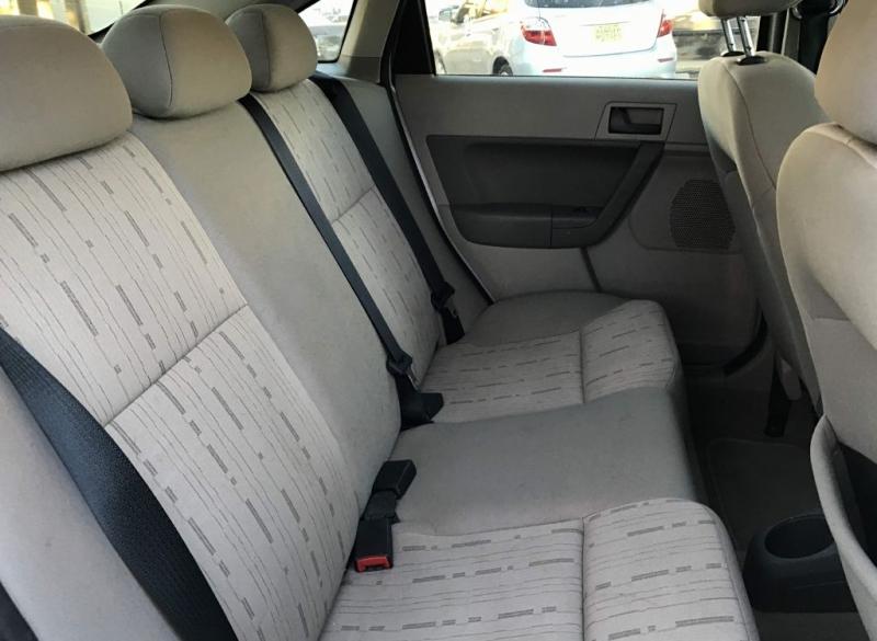 Ford FOCUS 2010 price $6,950