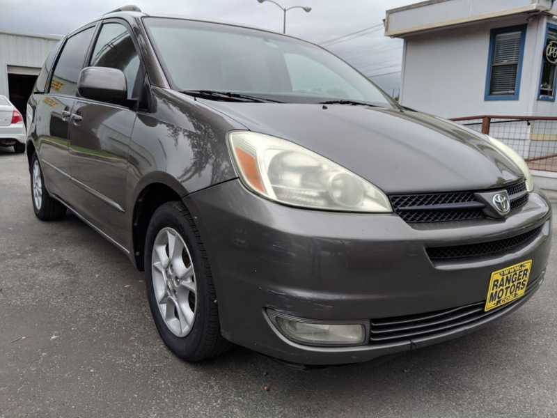 Toyota SIENNA 2004 price $5,950