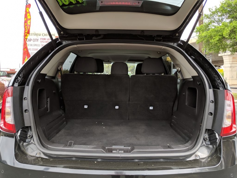 Ford EDGE 2011 price $10,450