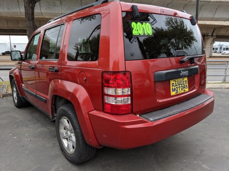 Jeep LIBERTY 2010 price $6,450