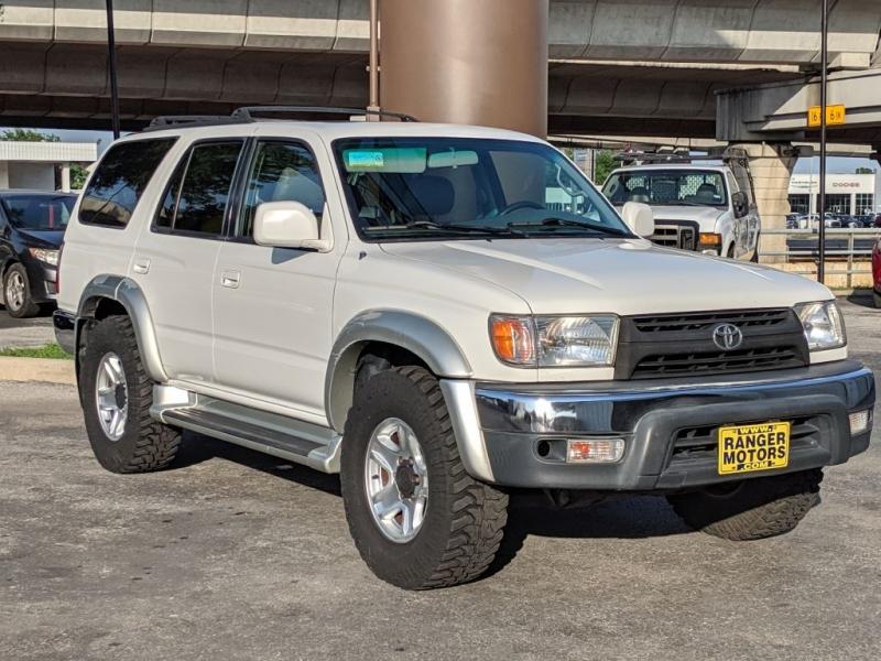 Toyota 4RUNNER 2001 price $7,500