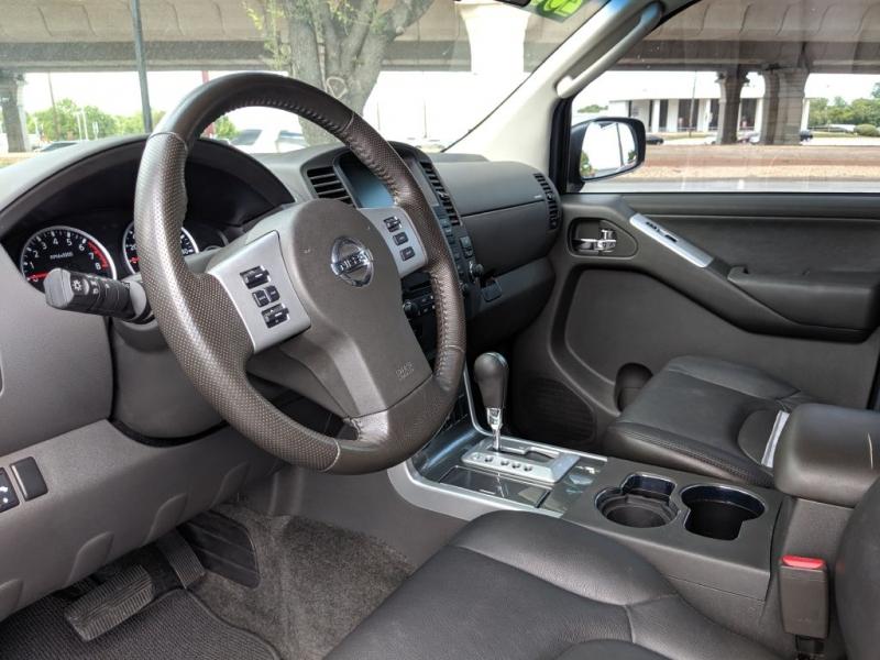 Nissan PATHFINDER 2010 price $10,250