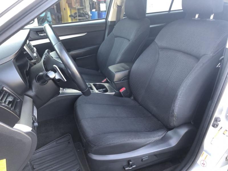 Subaru OUTBACK 2012 price $10,800
