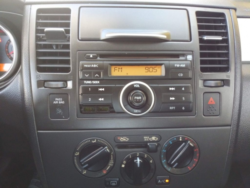 Nissan VERSA 2008 price Call for price