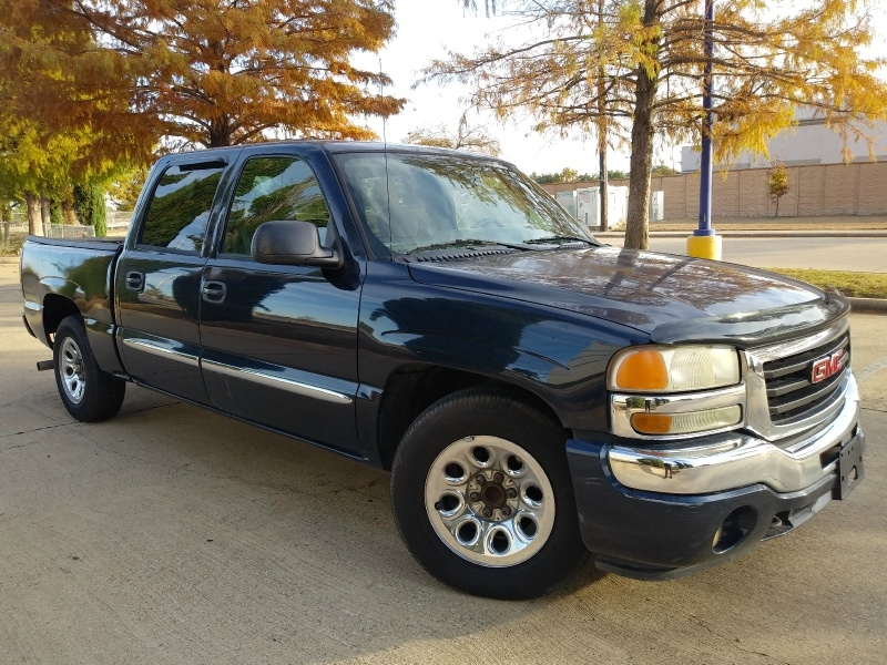 GMC Sierra 1500 2005 price $4,995