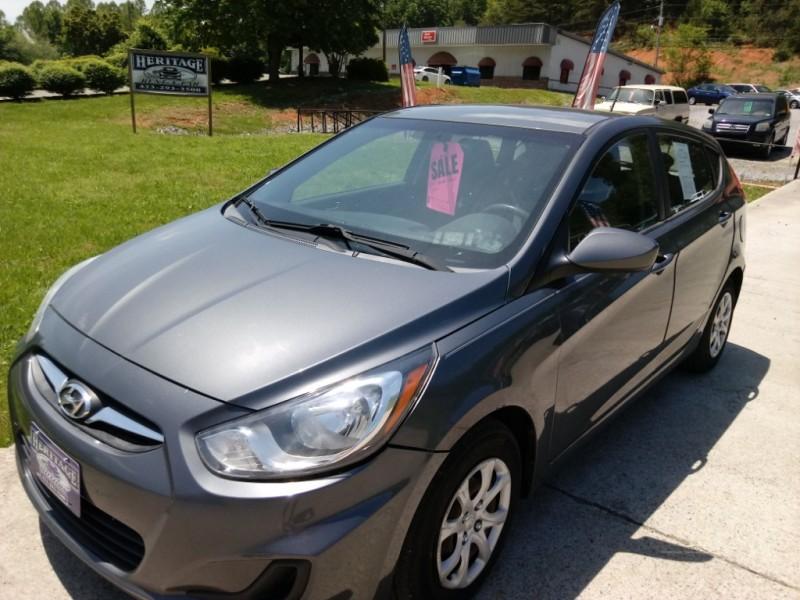 Hyundai Accent 2012 price $7,595