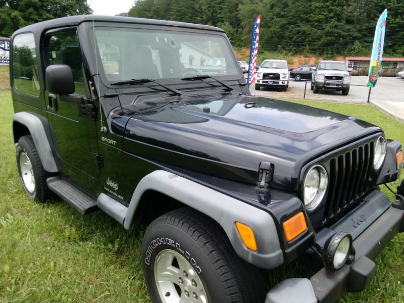 Jeep Wrangler 2004 price $8,990