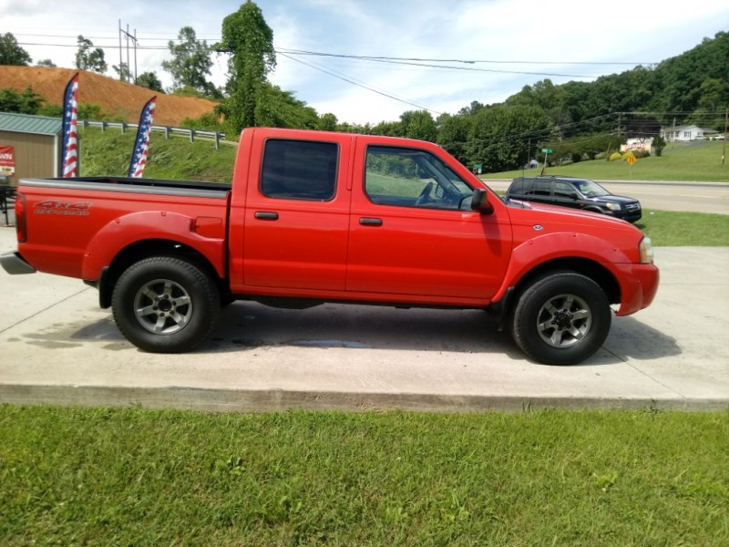 Nissan Frontier 4WD 2004 price $8,300
