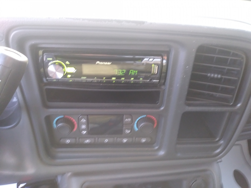 Chevrolet Silverado 1500 Crew Cab 2004 price $7,995