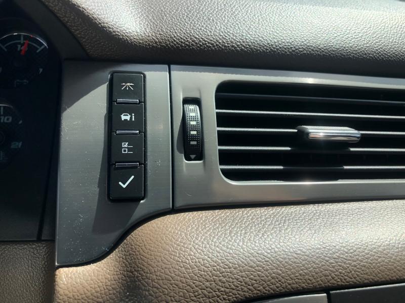 Chevrolet Suburban 2011 price $14,449