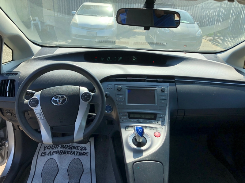 Toyota Prius 2013 price $7,299