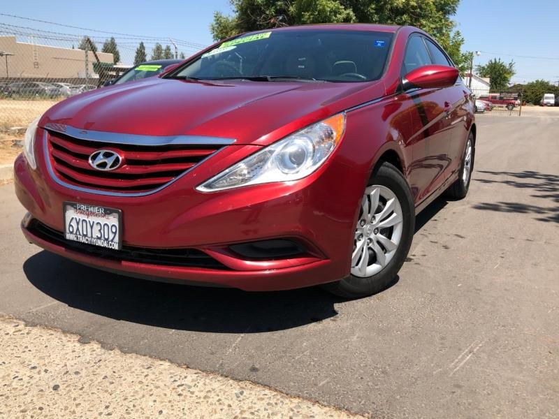 Hyundai Sonata 2013 price $6,999