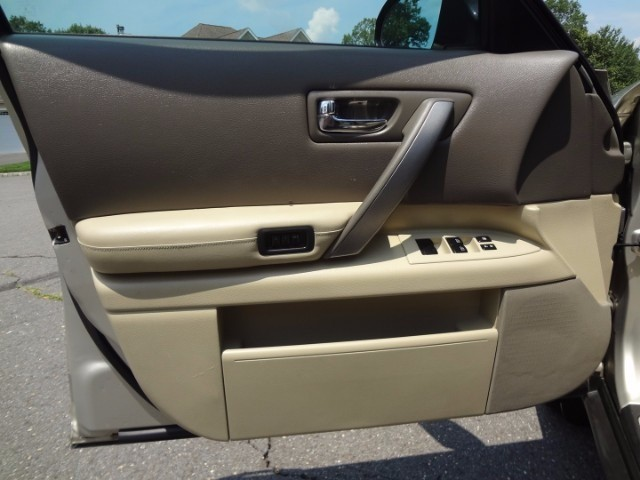 Infiniti FX35 2007 price $8,900
