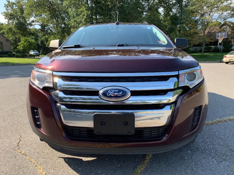 Ford Edge 2011 price $7,900