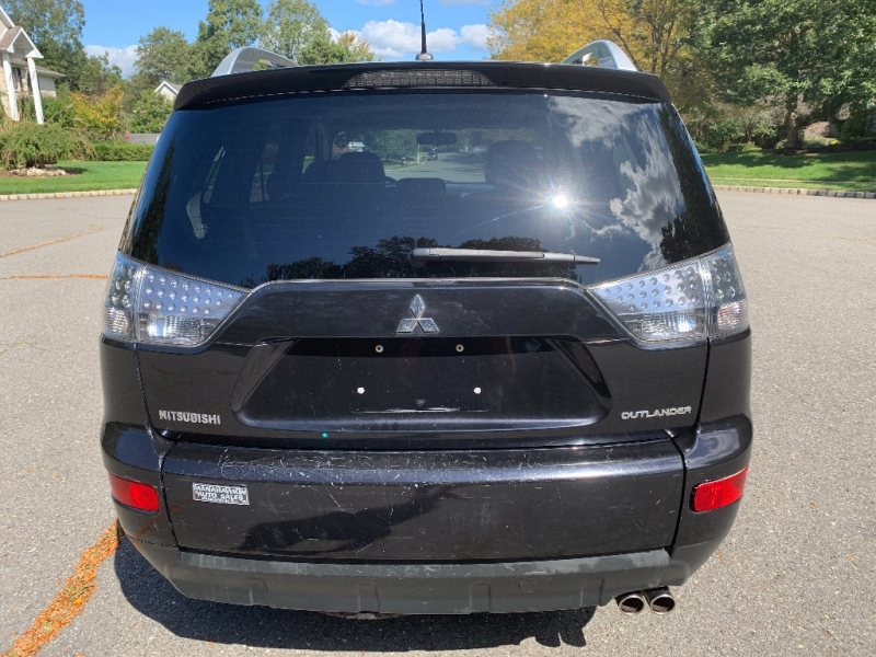 Mitsubishi Outlander 2007 price $3,900