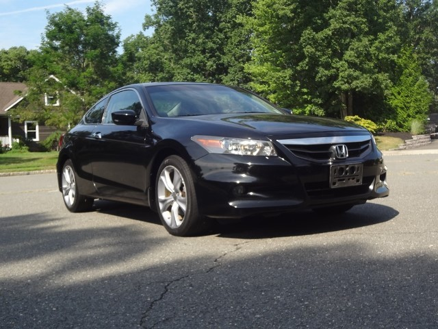 Honda Accord Cpe 2012 price $11,995